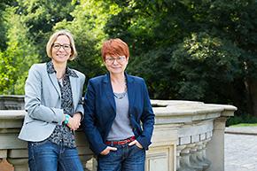 regina Sänger und Margarete Udolf, die Gründerinnen des Bremer Instituts für Traumapädagogik